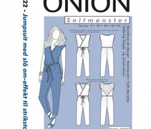 Onion Snitmønstre 9022 (Jumpsuit med slå om-effekt til strikstof)